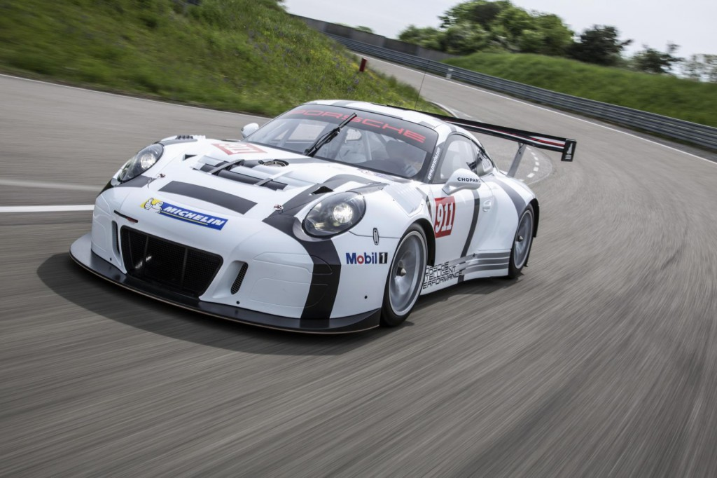 2016-porsche-911-gt3-r-is-the-awesome-racing-version-of-the-911-gt3-rs-costs-half-a-million-euro_5