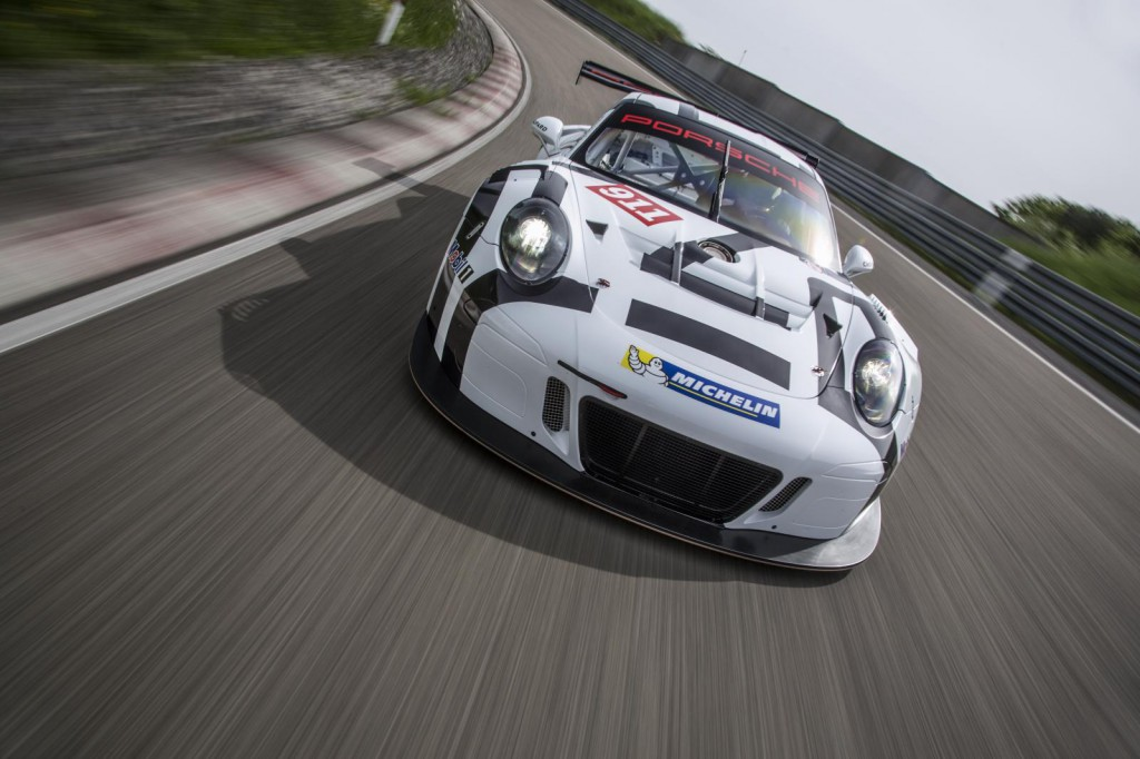 2016-porsche-911-gt3-r-is-the-awesome-racing-version-of-the-911-gt3-rs-costs-half-a-million-euro_8