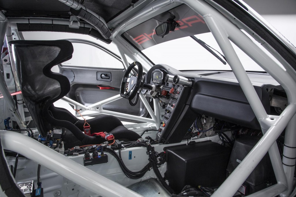 2016-porsche-911-gt3-r-is-the-awesome-racing-version-of-the-911-gt3-rs-costs-half-a-million-euro_9