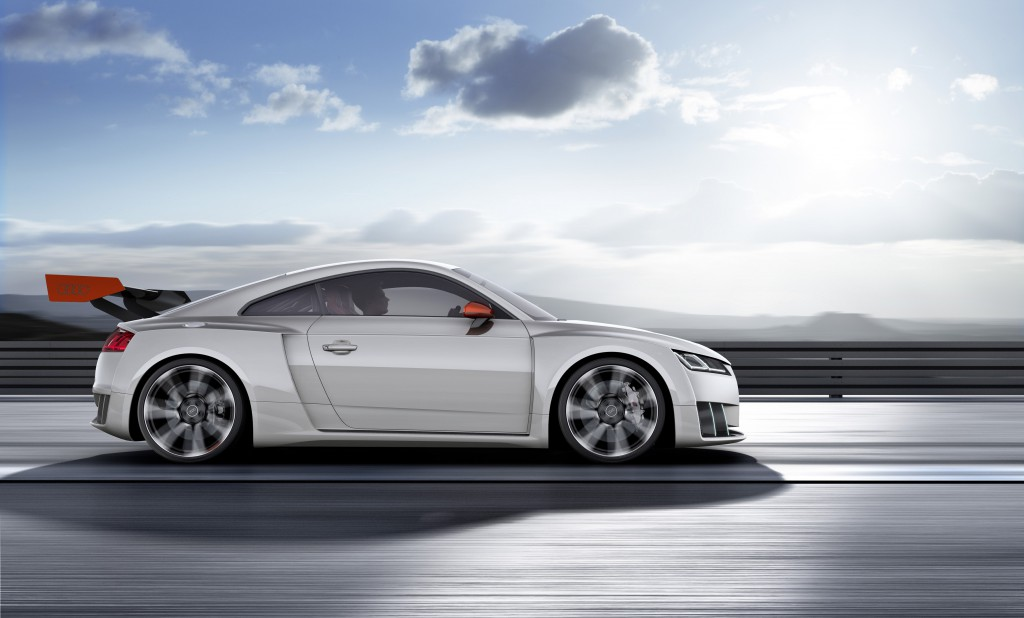 600-hp-audi-tt-clubsport-brings-25-tfsi-with-electric-turbo-setup-to-worthersee_6
