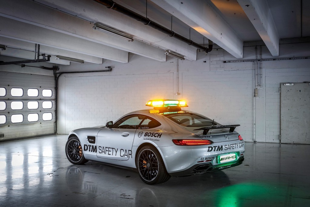 mercedes-amg-gt-s-granted-safety-car-duties-for-the-dtm-photo-gallery_1
