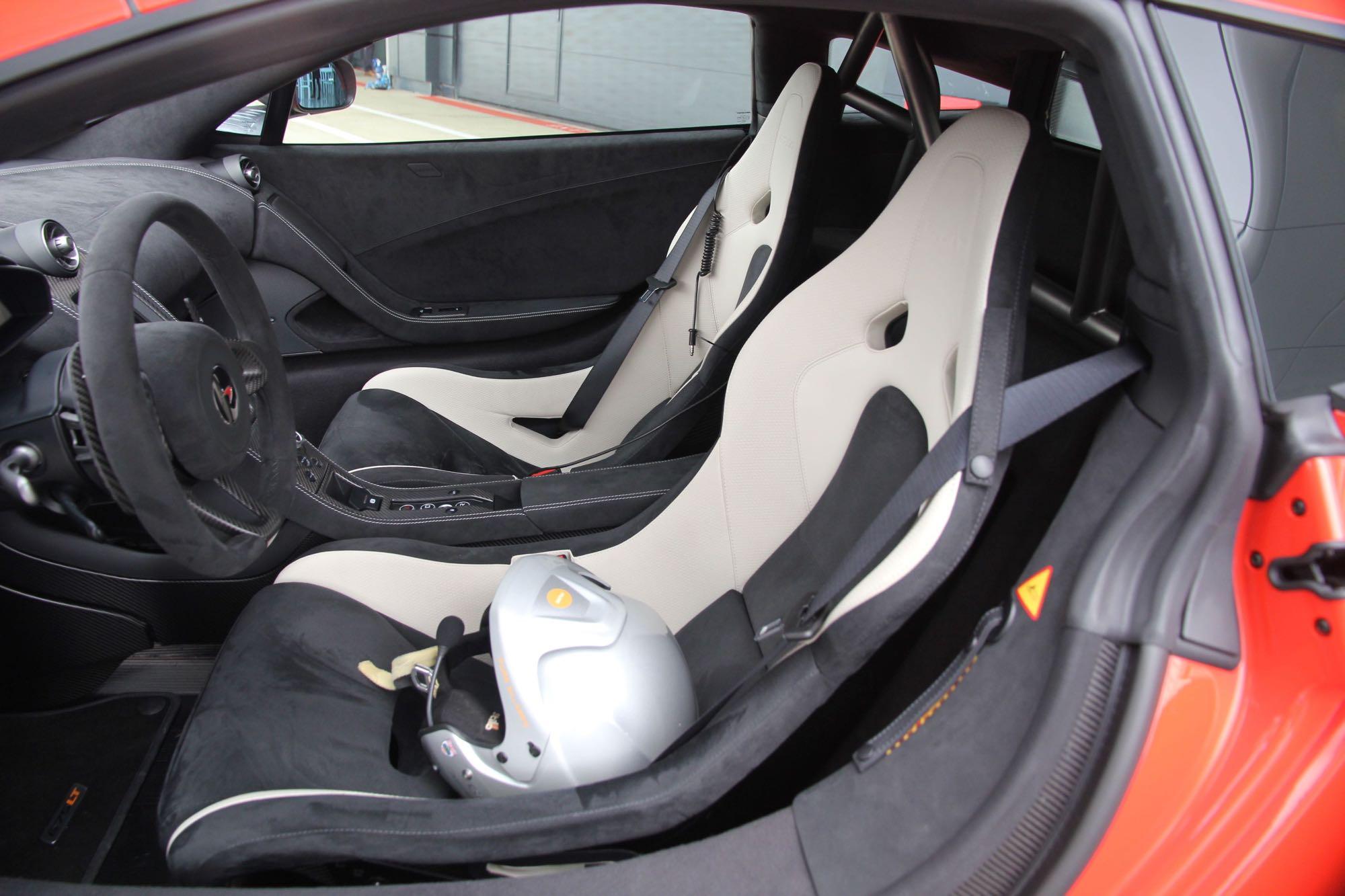 McLaren-675LT10