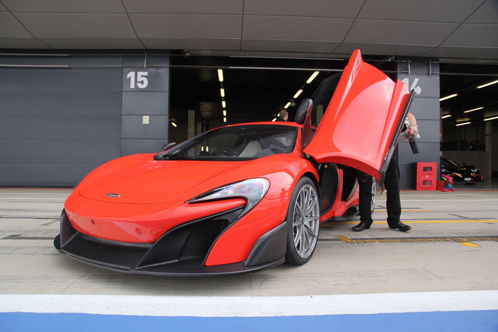 McLaren-675LT11