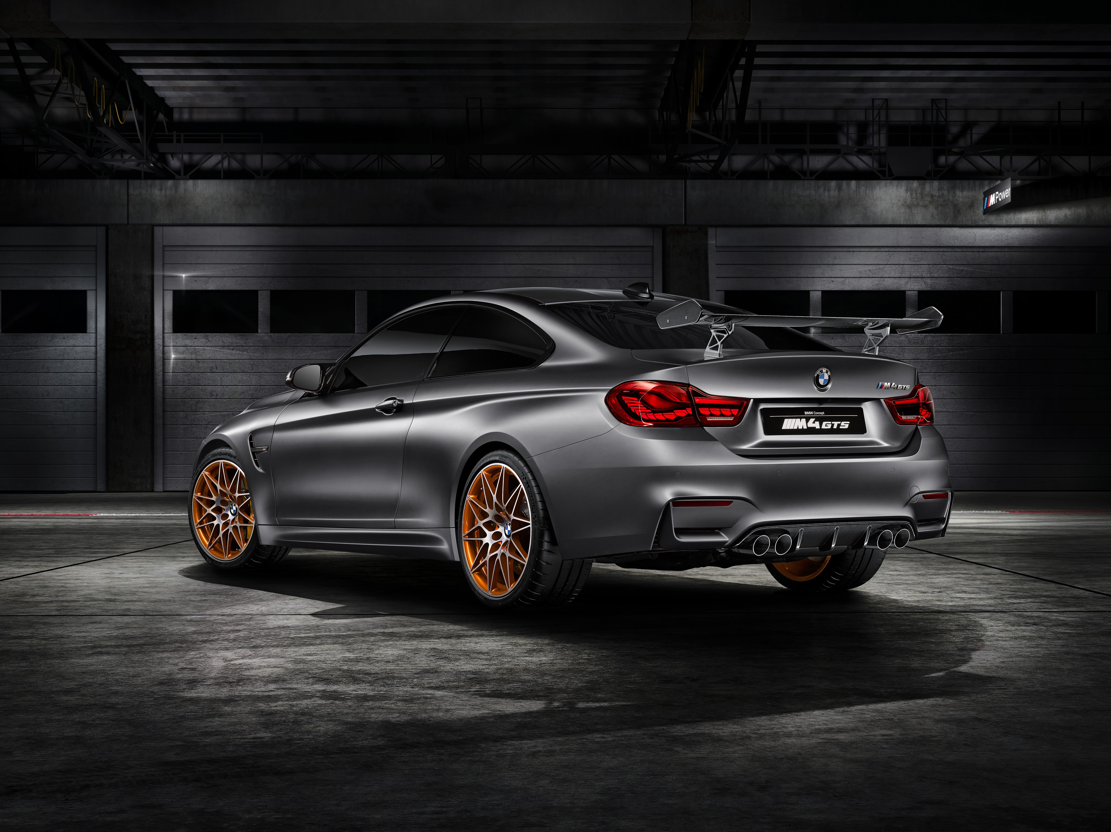 bmw-concept-m4-gts-makes-world-debut-at-pebble-beach-with-oled-lighting-photo-gallery_1
