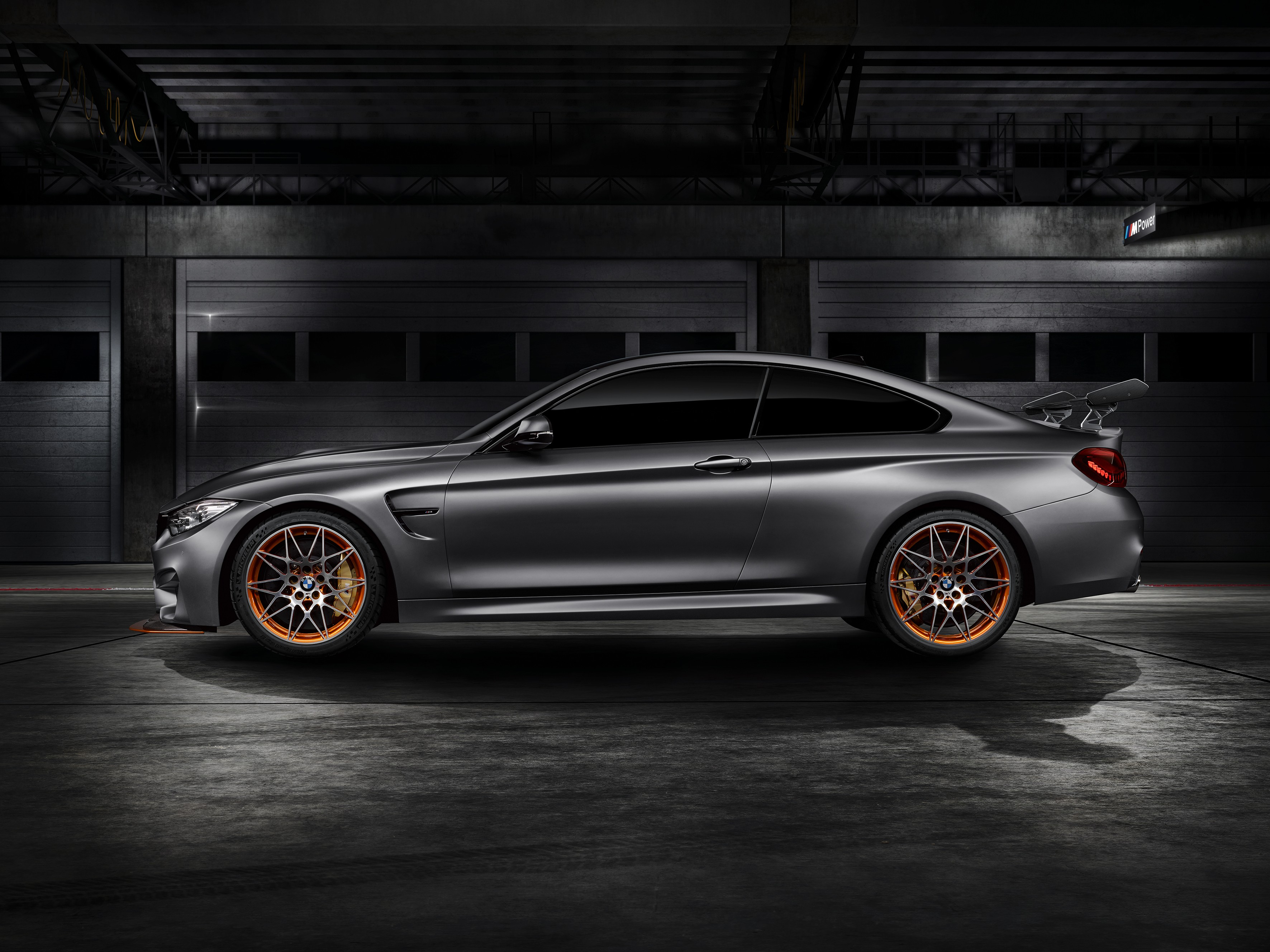 bmw-concept-m4-gts-makes-world-debut-at-pebble-beach-with-oled-lighting-photo-gallery_10