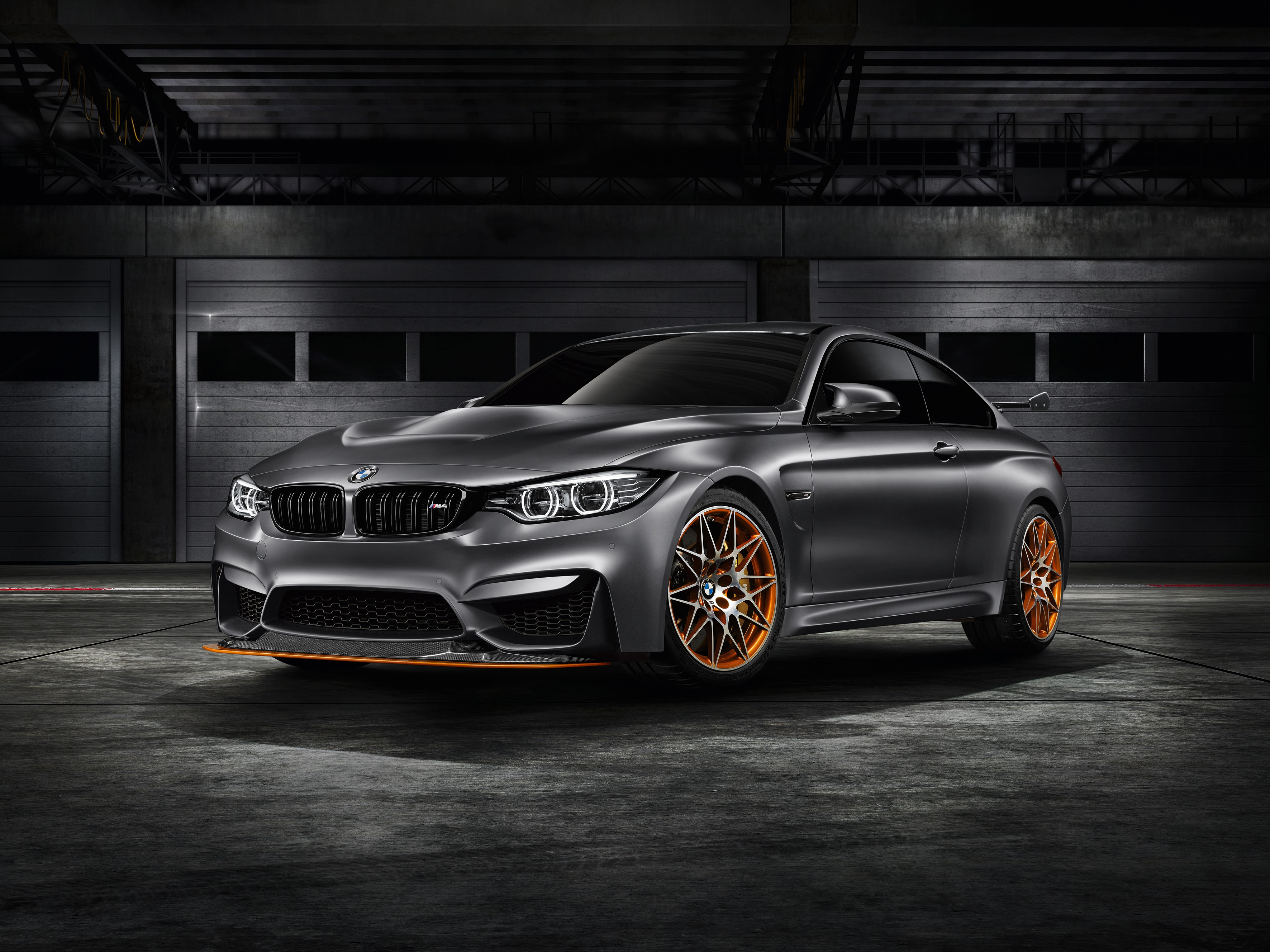 bmw-concept-m4-gts-makes-world-debut-at-pebble-beach-with-oled-lighting-photo-gallery_2