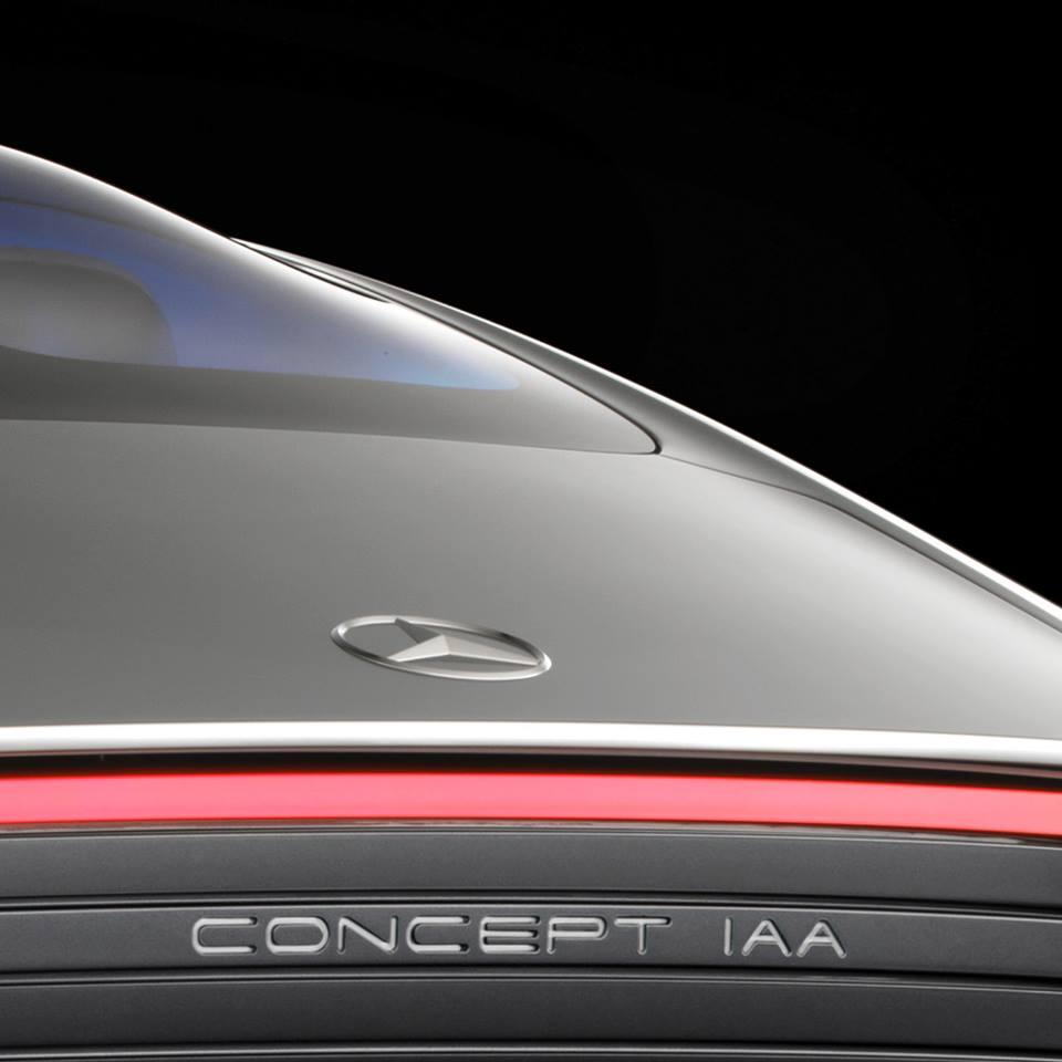 mercedes-benz-teases-out-of-the-blue-mysterious-concept-heading-over-to-frankfurt-99852_1